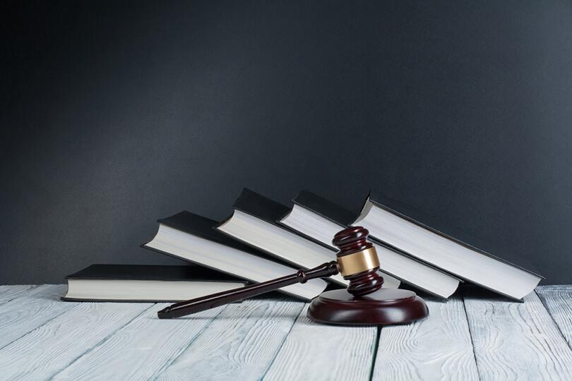 o que diz a legislação brasileira de franquias